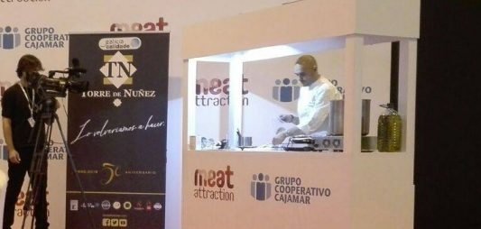 Showcooking con Cuatro Pasos en Meat Attraction